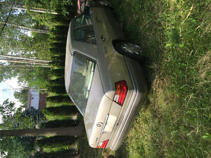 1995 Mercedes Benz E320. ONLY:160.000km. Parting out OR NOT.