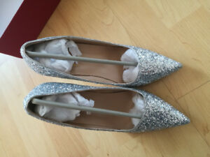 BRAND NEW wedding shoes/sparkly high heel for sale