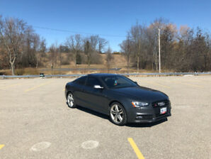 2015 Audi S5 3.0L Technik + Black Optics