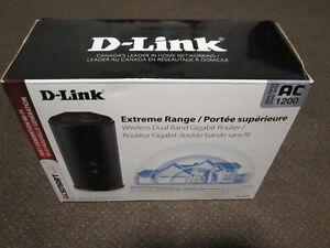 D-Link DIR-860L AC1200 Dual Band Gigabit Wireless Cloud Router