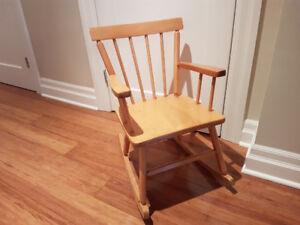 chaise bersant pour enfants / kids rocking chair
