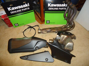 09-2012 ZX-6R OEM full exhaust and header mint 1500km