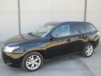 2014 Mitsubishi Outlander GT, 7 Seater, Leather, 19,000 kms Nav