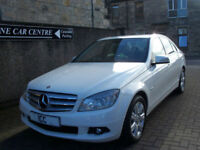 10 10 MERCEDES C180 BLUE-EFFICIENCY EXECUTIVE SE 4DR WHITE BLUETOOTH SATNAV A/C