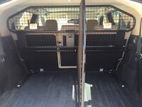 LAND ROVER HALF HEIGHT PARTITION AND DIVIDER