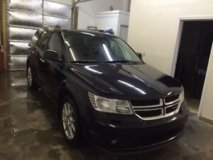 2011 Dodge Journey *financing available*