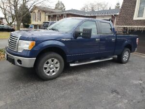 2010 Ford F150 Supercrew 4x4 pick up truck