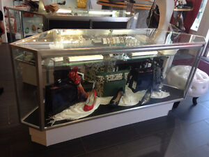 Retail Display Cases for Jewellery or Watches