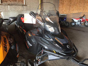 2016 Skidoo Expedition Xtreme 800R Etec 2 Stroke
