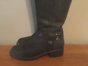 Women's Tall Leather Boots London Ontario image 4