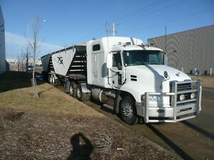 2013 CXU613 Mack Truck & 2013 Lode King Super B Grain Trailers