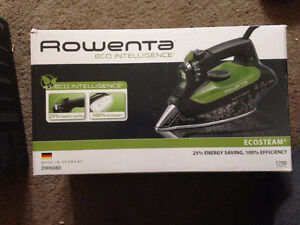 ROWENA IRON NEW IN BOX $90 ECO INTELLIGENCE IRON