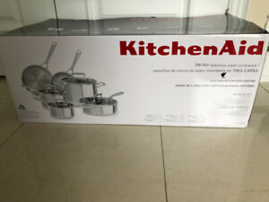 BRAND NEW NEVER USED KITCHENAID COOKWARE SET! NEVER OPENED