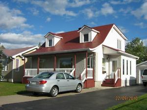superbe maison a louer disponible 1 juillet
