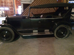 VERY RARE 1923 GARDNER CAR