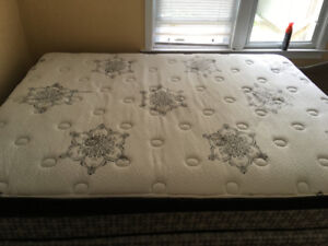 Queen size pillow top mattress, box spring and stand