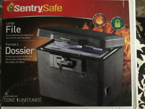 Sentry Safe 1170 1/2 Hr Fireproof Security .61 Cubic' /BRAND NEW