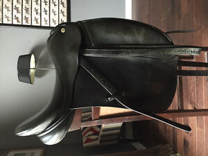 Cliff Barnsby Dressage Saddle For Sale