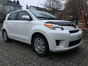 2012 Toyota Scion VUS 52000km Automatic Corolla 1.8L engine
