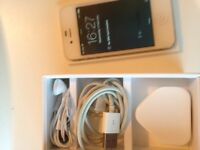 iPhone 4s on EE/ virgin/ tmobile 16gb