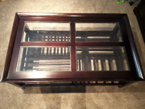 Coffee and end tables-Spruce Grove cross posted