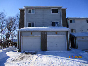 NEW PRICE $95000 OPEN HOUSE Sat Mar 25 12-1:00 pm