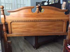 6 piece Bedroom set-excellent condition
