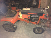 Small utility tractor