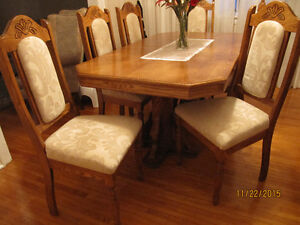 Solid Wood Dining Set with Table, 6 Chairs and Hutch