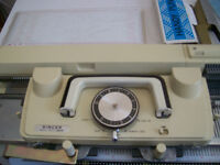 singer  360 knitting machine