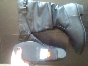 womens black boots size 10 wide