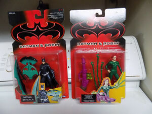 Batgirl and Poison Ivy figures from Batman and Robin Kitchener / Waterloo Kitchener Area image 1