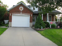 Beautiful Open Concept, One Storey Home, Location Location!!!!