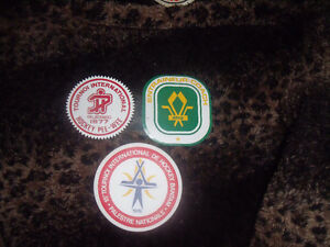 3 x vintage minor hockey patches 1976-1977