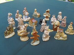 24 Piece small porcelain figurines that came in Red Rose Tea Cornwall Ontario image 2