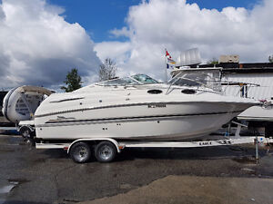 Chaparral 260 Signature Cruiser Very Clean
