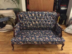 Love Seat Sofa/Chair