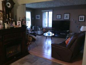 Maison à vendre à Laterriere avec revenus Saguenay Saguenay-Lac-Saint-Jean image 6