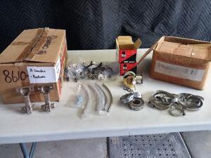 Roulettes, Pentures et poignées d'armoire, Collets serrage, clou