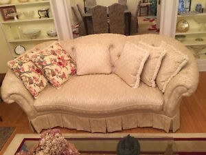 Magnificent 3 seat high end sofa, only used at special occasions