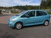 Citroen Picasso hdi in stunning blue