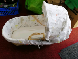 2x MOSES BASKETS FOR BABIES INCLUDES STAND