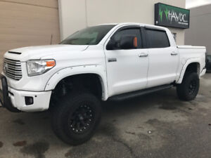 2016 Toyota Tundra Crew Max. Fully Loaded!