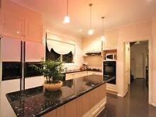 2km City! Short stay a Shared Room in Mansion from $180/w!? East Melbourne Melbourne City Preview