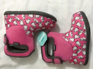 BABY BOGS SIZE 9 PINK PENGUIN