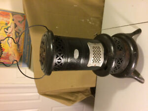 Antique- Gurney-oxford Smokeless Oil Heater No. 120