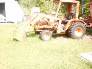 1997    Kubota B2150 HST tractor