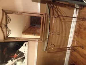 Table vitre avec miroir assortie