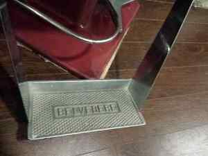 Vintage Belvedere hydraulic hair salon chair London Ontario image 4