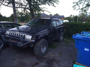 1994 Jeep Grand Cherokee Laredo 1000$